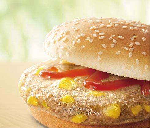 嫩烤玉米鸡肉堡